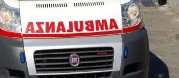 Incidente sulla SS107: due feriti