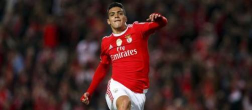 Benfica vence Nacional para a Taça da Liga