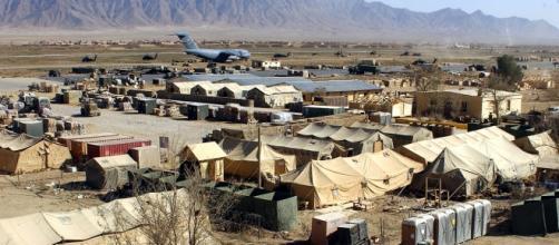 Veduta della base aerea di Bagram
