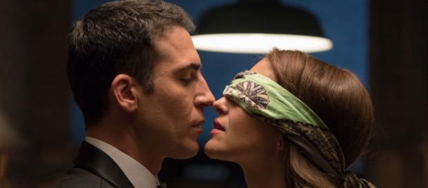 Alberto y Ana en la tercera temporada de 'Velvet'
