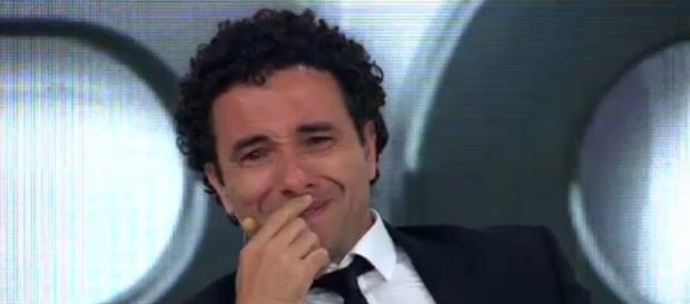 Marco Luque chora - Foto/Reprodução: Band