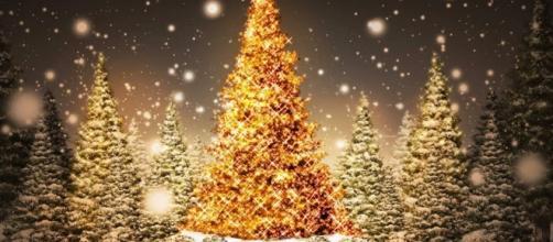 Frasi Natale E Buon Anno.Buon Natale E Felice 2016 Una Sola Dedica Per Due Festivita Ecco