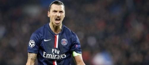 Zlatan dispensa qualquer apresentação