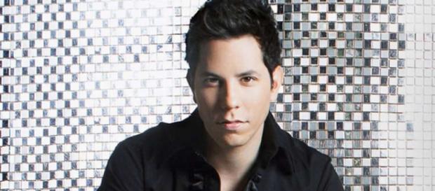 Christian Chávez enlouquece os fãs com canção