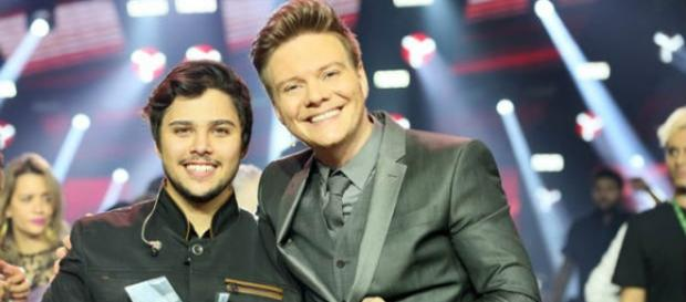 Renato Vianna vence o The Voice Brasil 2015
