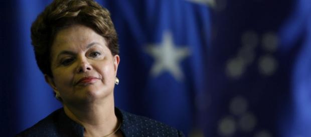Governo Dilma limitou-se a elevar impostos em 2015