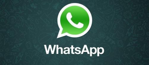 Il classico logo della app WhatsApp