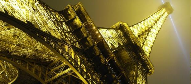 El monumento de 126 años, Torre Eiffel!