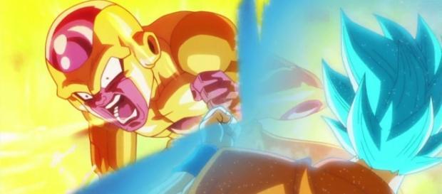 Goku peleando contra Golden Freezer