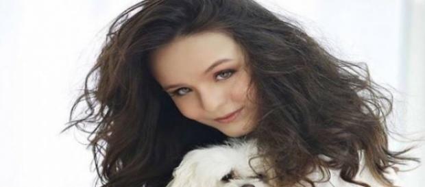Larissa sente saudades de seu cachorro