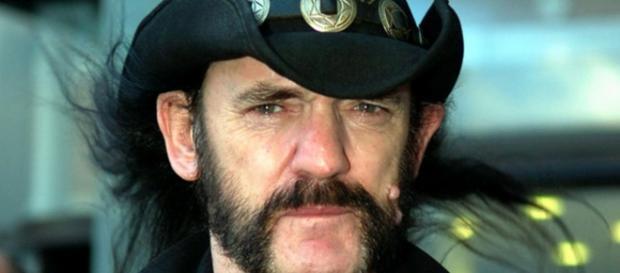 Lemmy Kilmister morre aos 70 anos de idade