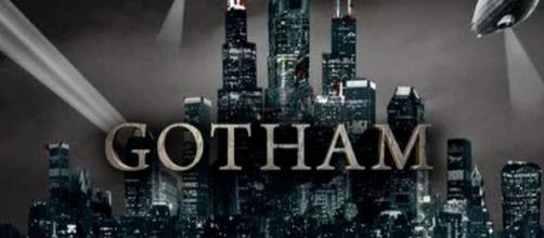 Captura de la intro de la serie Gotham