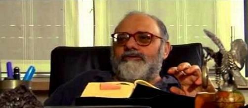 L'ex gran maestro Gianfranco Carpeoro