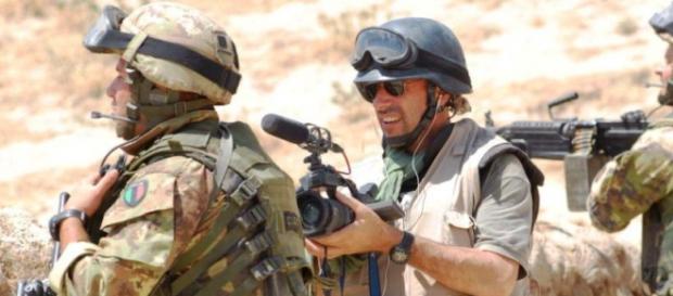Cronisti in divisa per un reportage di guerra