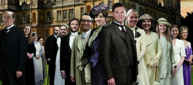 Farewell to Downton Abbey starts January 3./:wiki
