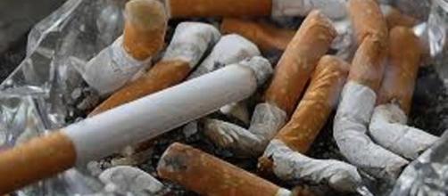 In arrivo restrizioni per fumatori