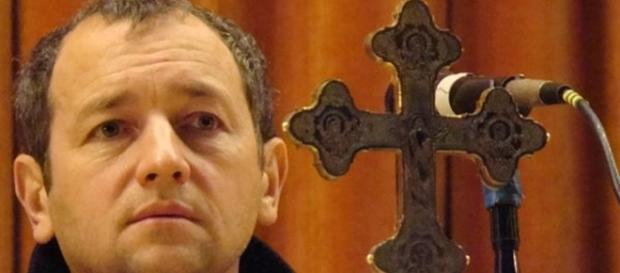 Actorul Dan Puric foto episcopiaslatinei.ro