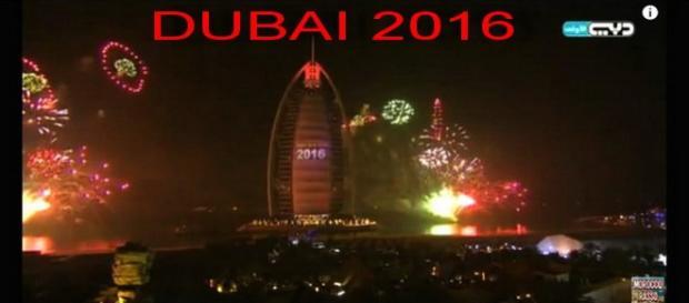 Queima de fogos em Dubai 2016 magnifica
