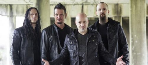 John Moyer, Dan Donegan, Draiman y Mike Wengren