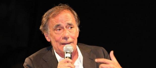 Il cantante Roberto Vecchioni.