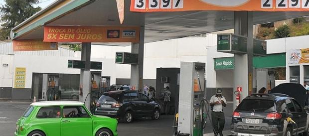Posto no qual é possível ver o reajuste de etanol