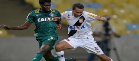 Nenê não conseguiu salvar o Vasco da Série B