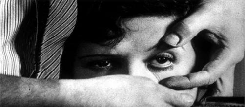 Fotograma de ''Un perro andaluz'', Luis Buñuel