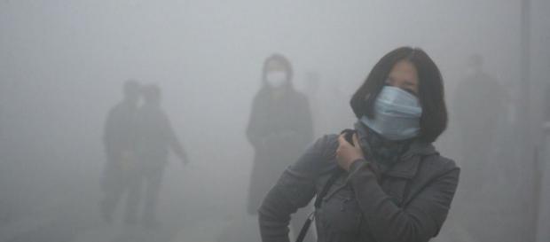 As máscaras são obrigatórias nestes dias.