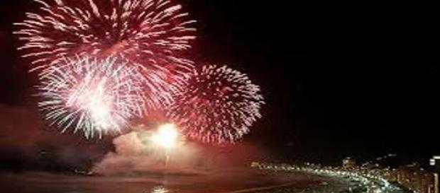 Fogos de artíficio para comemoração do ano novo