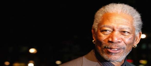 Morgan Freeman's plane made an emergency landing.