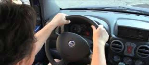 Olanda, sì al sesso in cambio di lezioni di guida