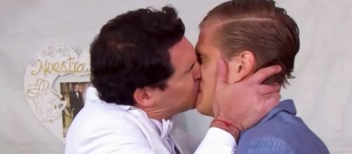 Os atores José Manuel Lechuga e Kevin Holt.