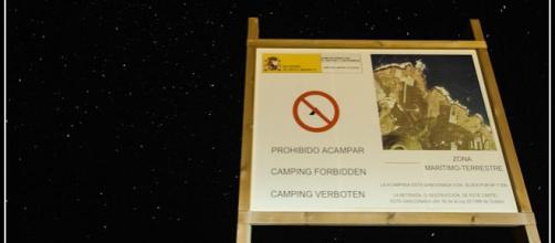 Prohibido acampar, pernoctar y hacer vivac