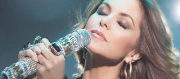 A cantora esteve no país para fazer show