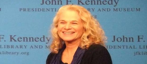 Carole King received 2015 Kennedy Center Honor.