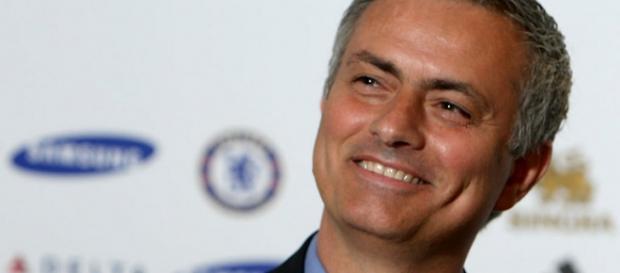 José Mourinho quer muito ganhar e passar.