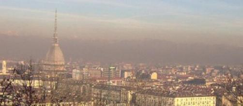 Metro, tram e bus gratis a Torino contro lo smog