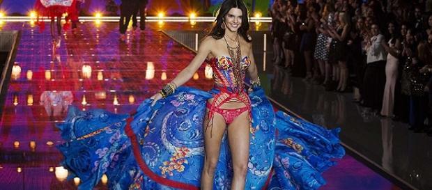 Kendall Jenner en el desfile de Victoria's Secret