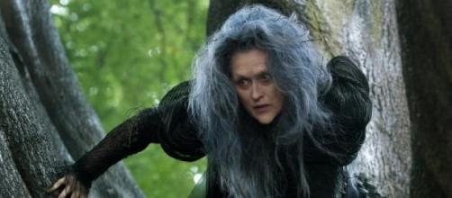 Bruxa (Meryl Streep) em cena do filme