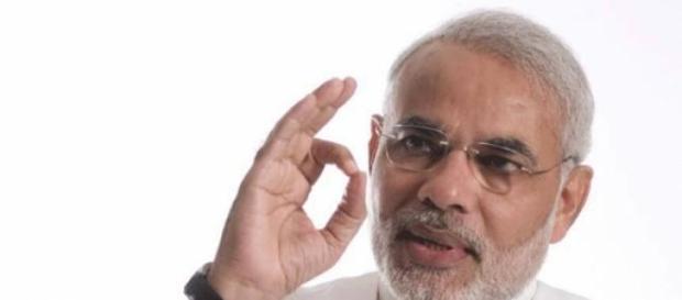 Narendra Modi subit une première défaite à Delhi.
