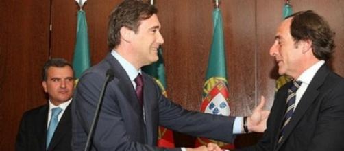 P. Coelho e Portas podem beneficiar com o Syriza