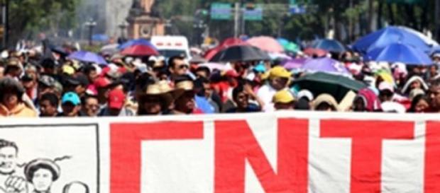 Les enseignants ont manifesté par milliers.