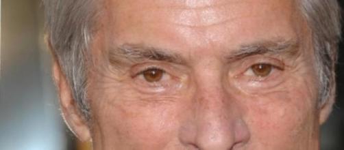 Acidente de carro mata Bob Simon