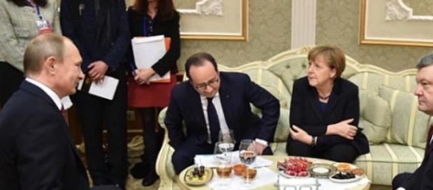 Putin, Hollande, Merkel and Poroshenko in Minsk