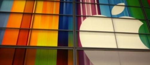 La Apple sostiene l' energia rinnovabile