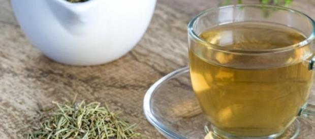 Beneficiile uimitoare ale ceaiului de marar
