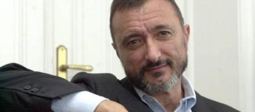 Arturo Pérez-Reverte publica su nueva novela