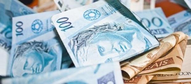 Organizar orçamento para sair das dívidas