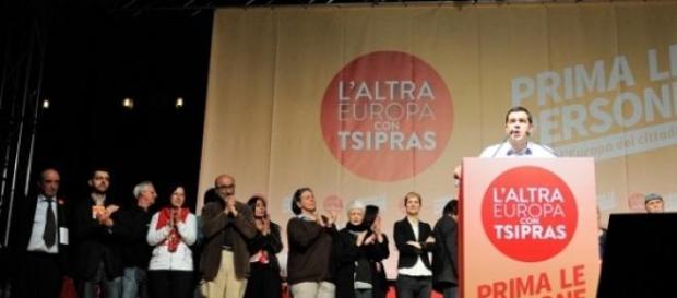Alexis Tsipras durante un mitin en Italia.
