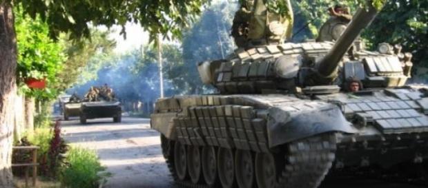 Combates de rua prosseguem nas cidades ucranianas.